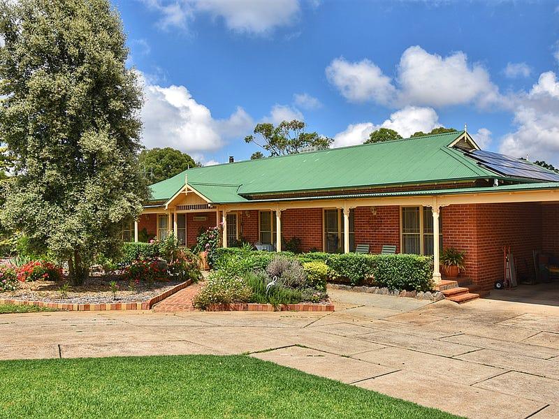 7 Gower Hardy Circuit, Cowra, NSW 2794
