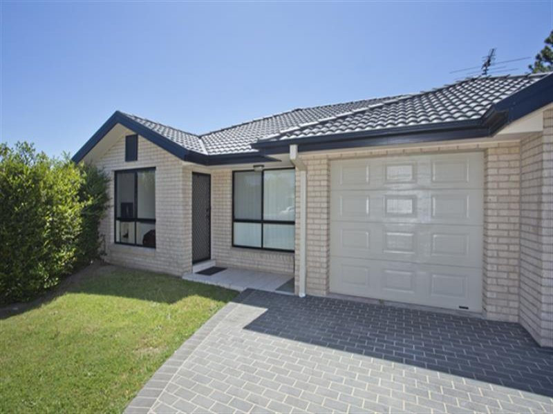 2/20 Justine Pde, Rutherford, NSW 2320