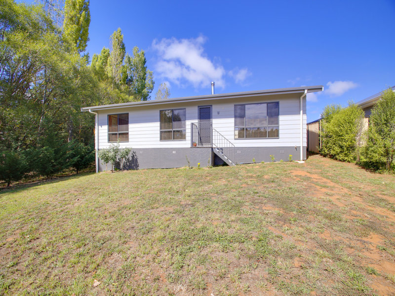 7 Corcoran Place, Crookwell, NSW 2583