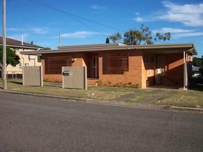 13 Warrawong Street, Eastern Heights, Qld 4305