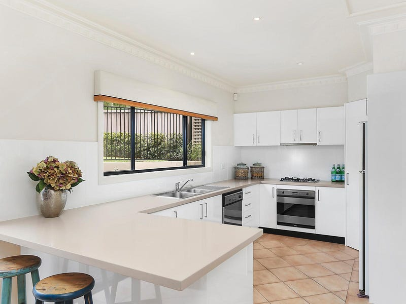 661 Port Hacking Road South, Dolans Bay, NSW 2229