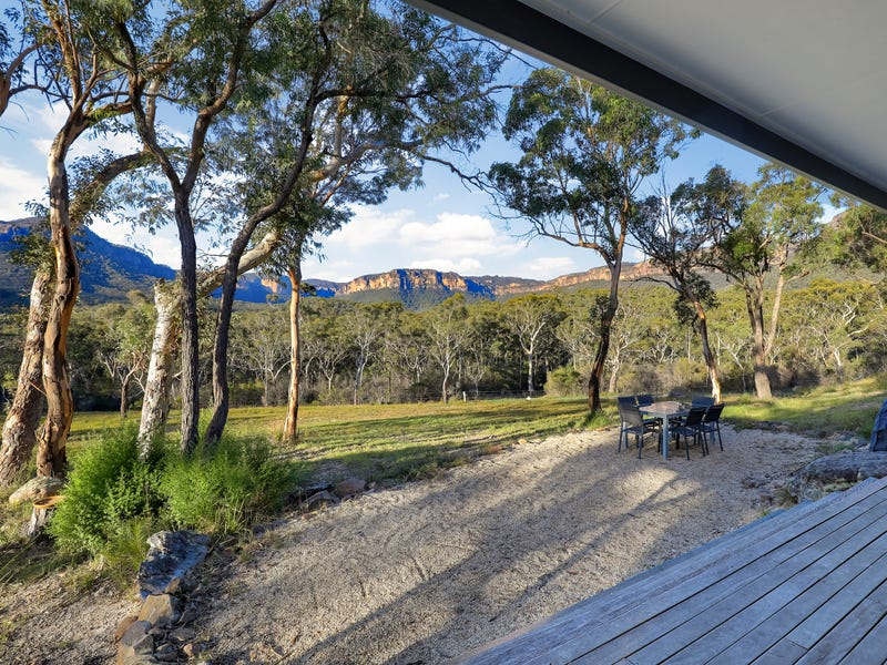 216 Nellies Glen Road - 'Omaroo', Megalong Valley, NSW 2785