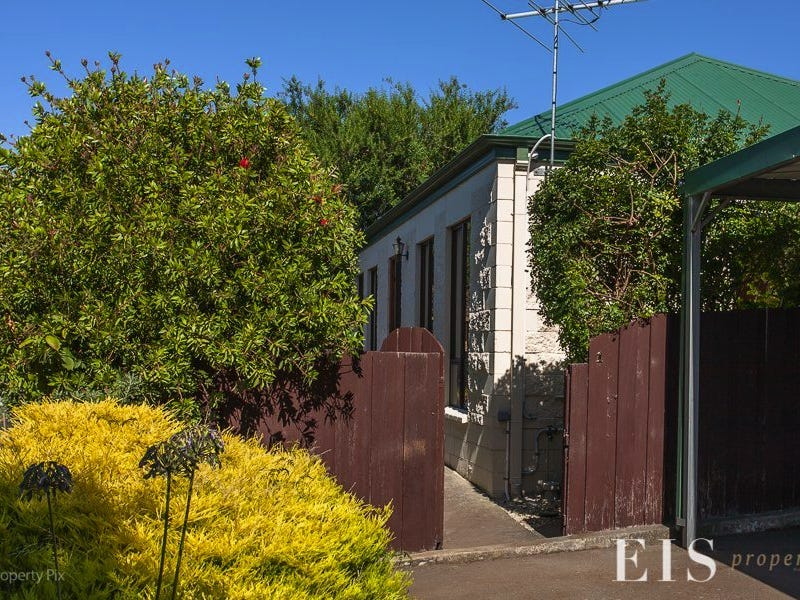 1/13 Gourlay St, Blackmans Bay, Tas 7052