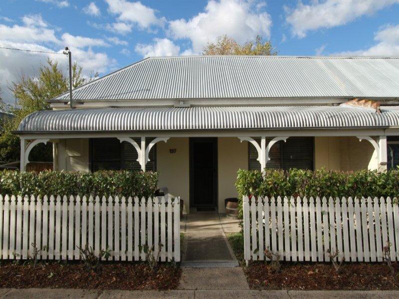 137 Lambert Street, Bathurst, NSW 2795