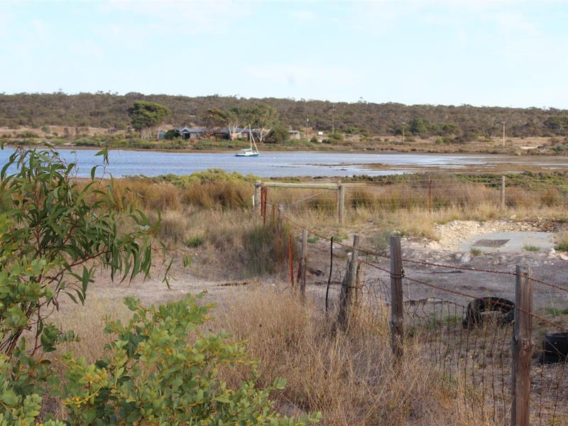 Lot 101 Broccabruna Drive, Mount Dutton Bay, SA 5607