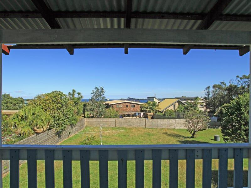 20 Surfway Avenue, Berrara, NSW 2540