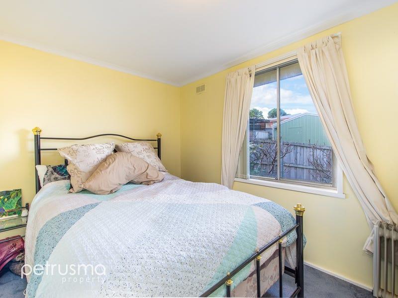 15 Pine Avenue, Kingston, Tas 7050