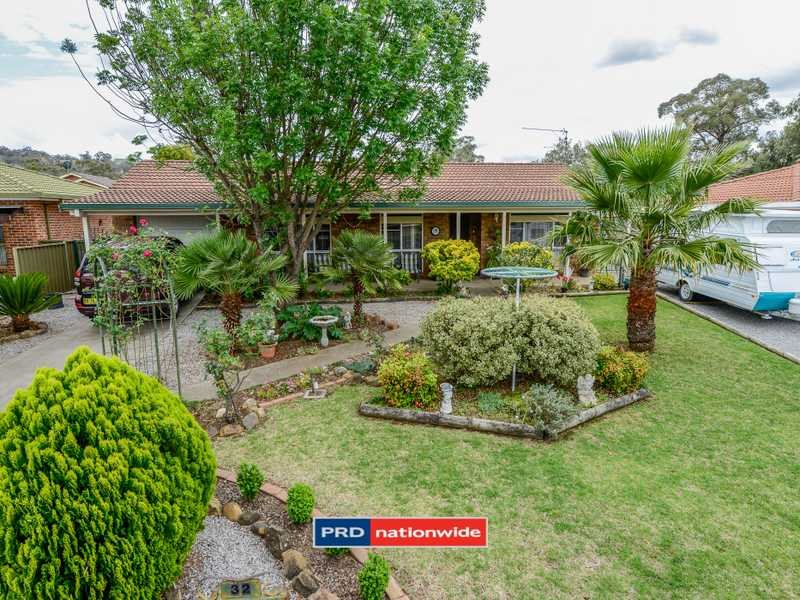 32 Glengarvin Drive, Oxley Vale, NSW 2340