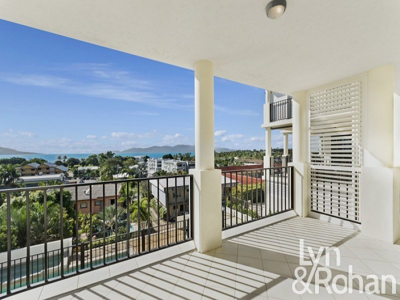 4/13 Little Street, Belgian Gardens, Qld 4810
