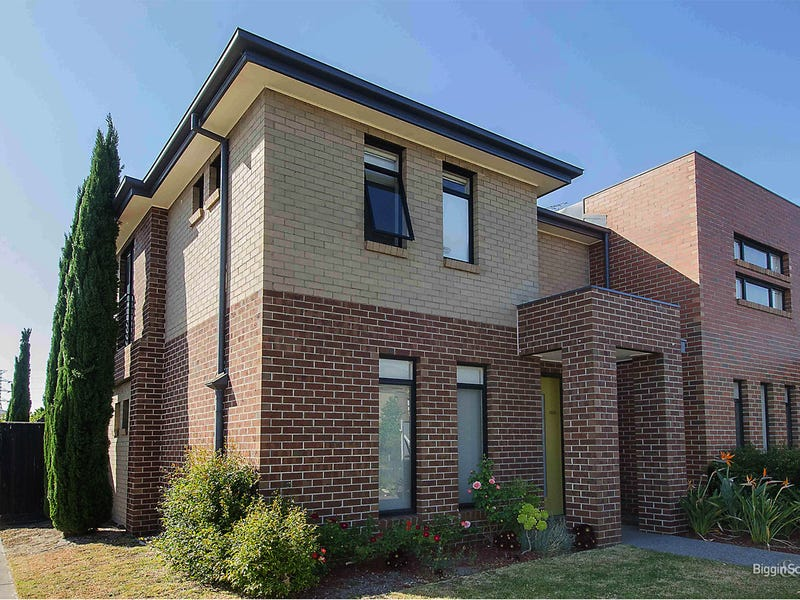 8 Evergreen Boulevard, Clayton South, Vic 3169