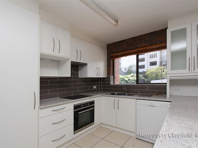 1/74 Bellevue Tce, Clayfield