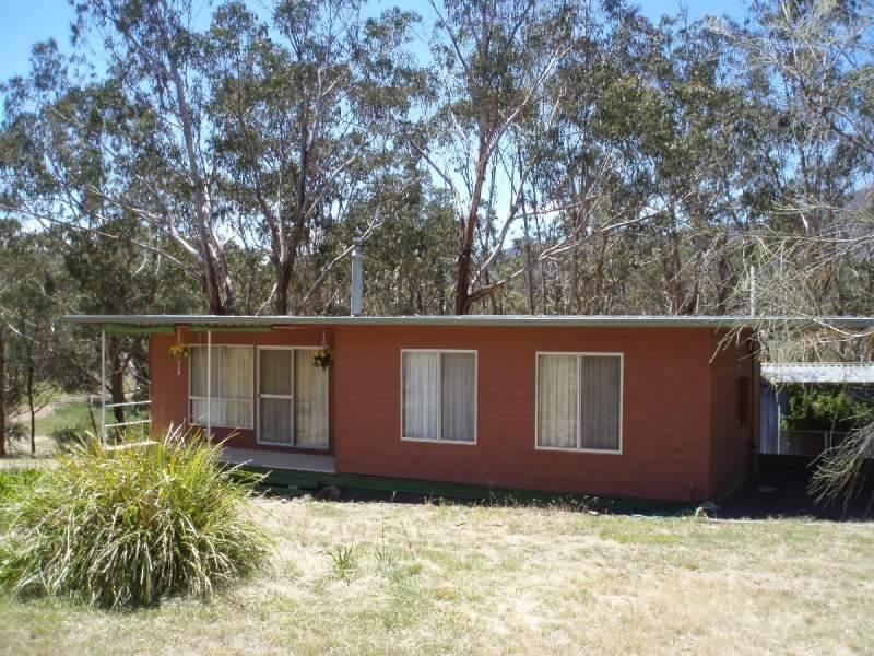 Address available on request, Tyaak, Vic 3658