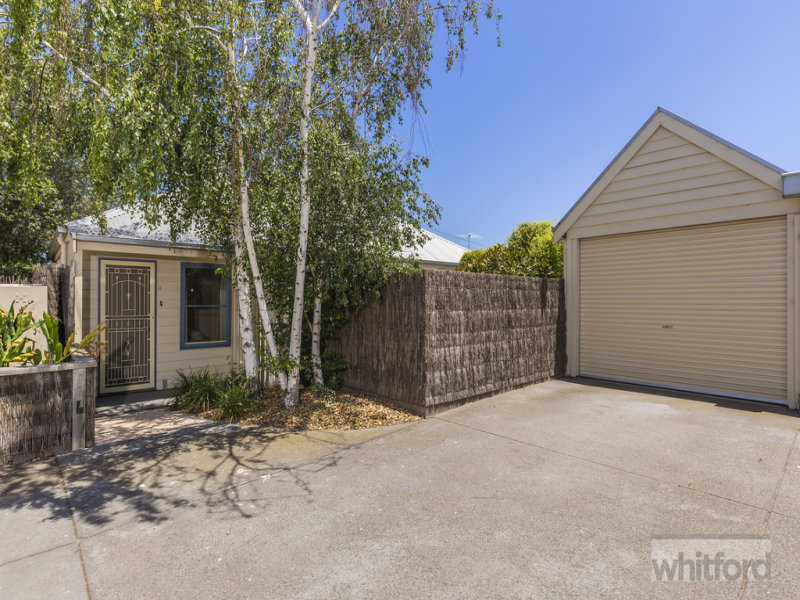 4 Turner Place, South Geelong, Vic 3220