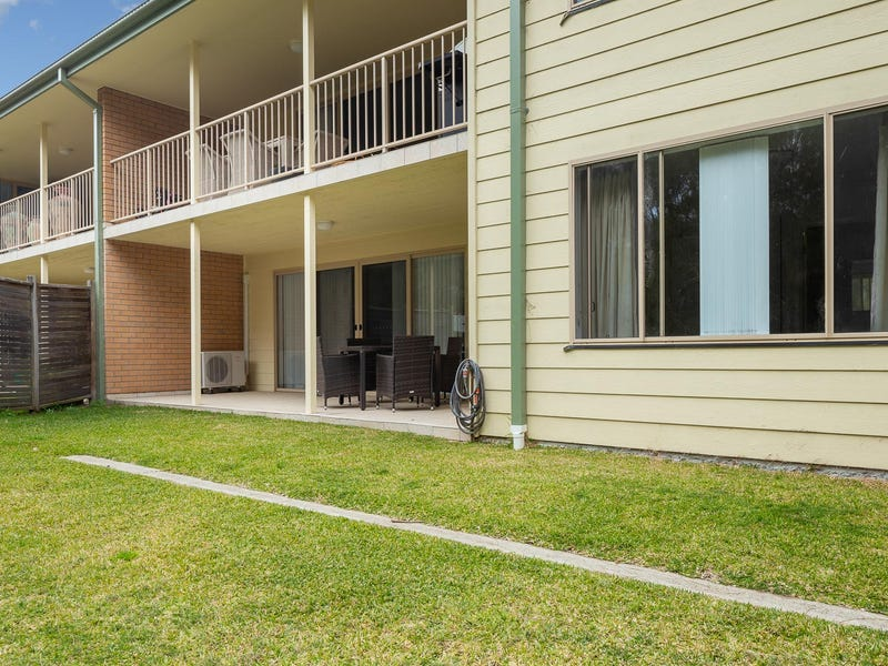4/2152 George Bass Drive, Tomakin, NSW 2537