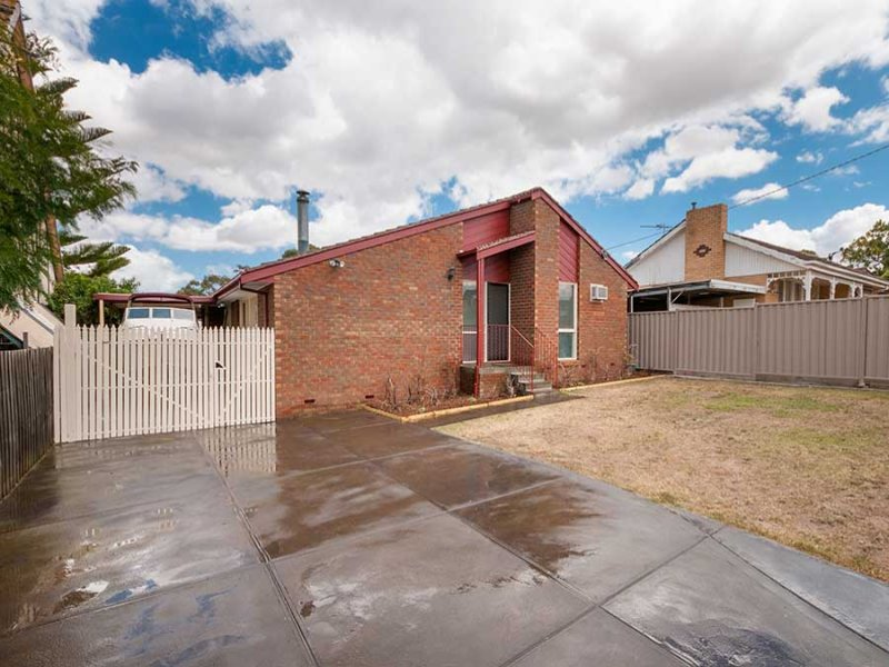 6 Second Avenue, Craigieburn, Vic 3064