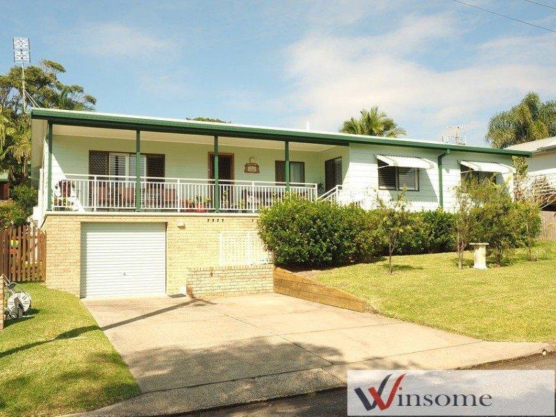 54 Main Street, Crescent Head, NSW 2440
