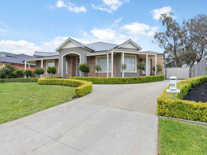 23 Dumbarton Way, Gisborne, Vic 3437