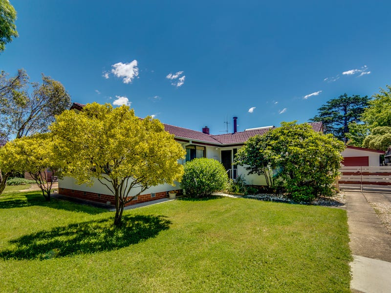 11 Tardent Street, Downer, ACT 2602