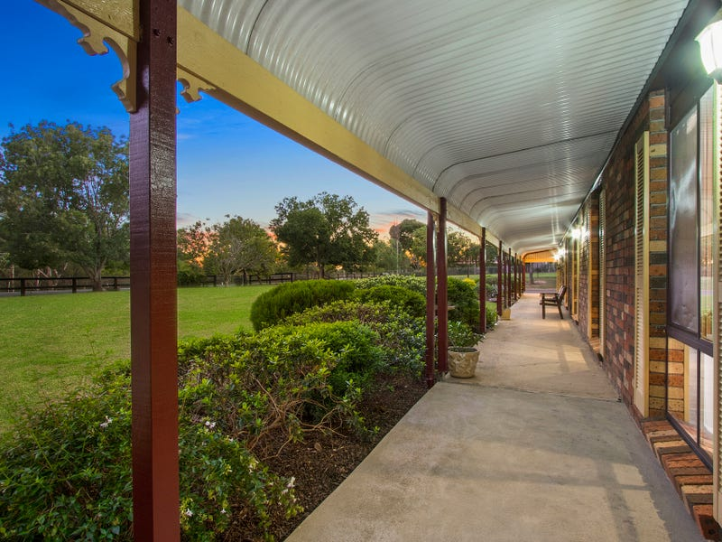 381 Blaxlands Ridge Road, Kurrajong, NSW 2758