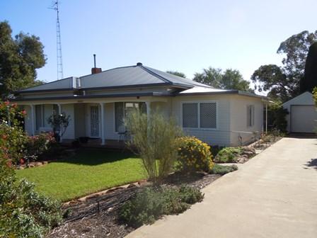 95 Pine Hill Road, Narrandera