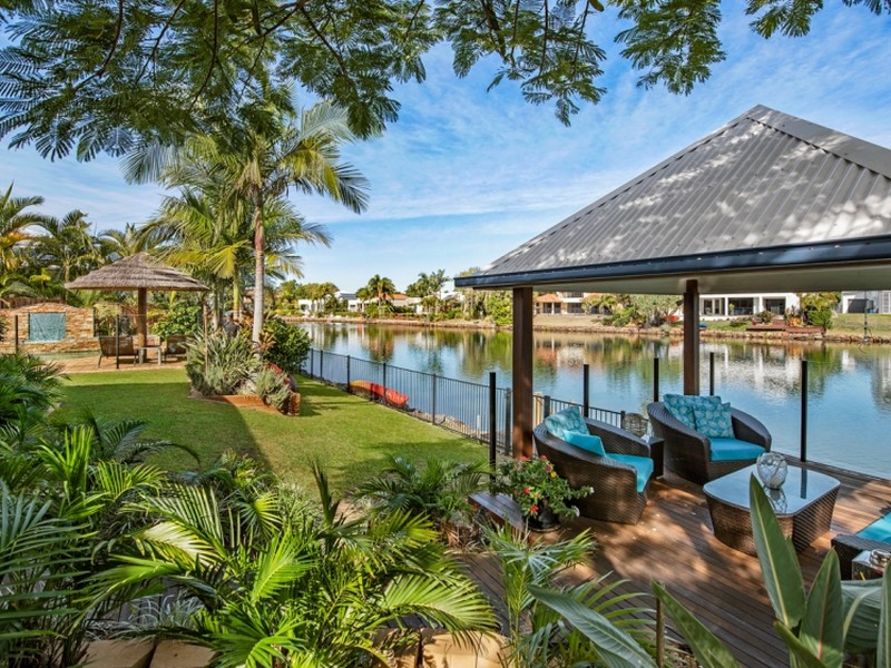 16 Karinya Place, Twin Waters, Qld 4564