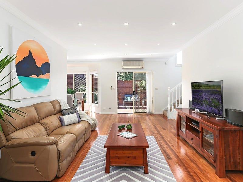 1/24a Robertson Street, Coniston, NSW 2500