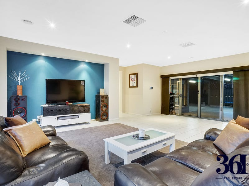 19 Gardenia way, Caroline Springs, Vic 3023