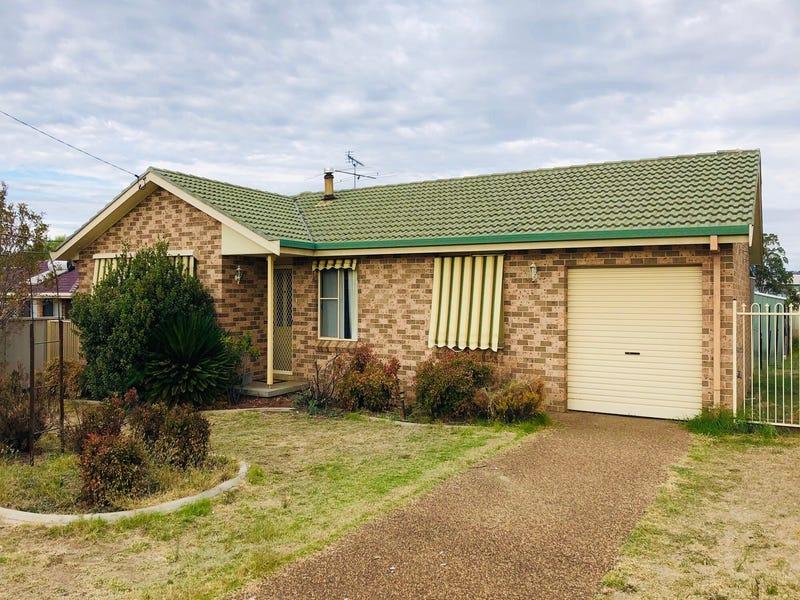 4 Garden Street, Kootingal, NSW 2352
