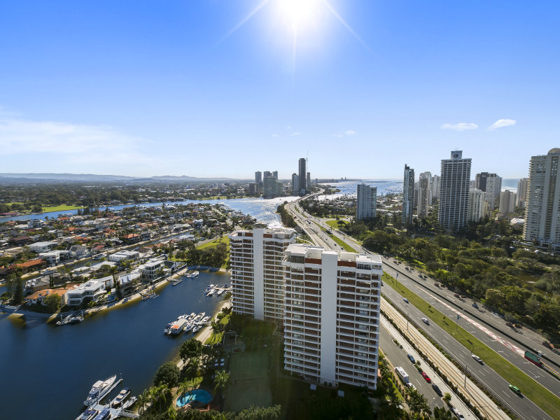 148/12 Commodore Drive, Surfers Paradise, Qld 4217