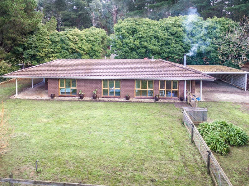392 Blackforest Drive, Macedon, Vic 3440