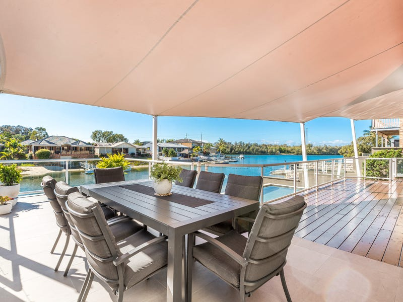 11 Captains Way, Banora Point, NSW 2486