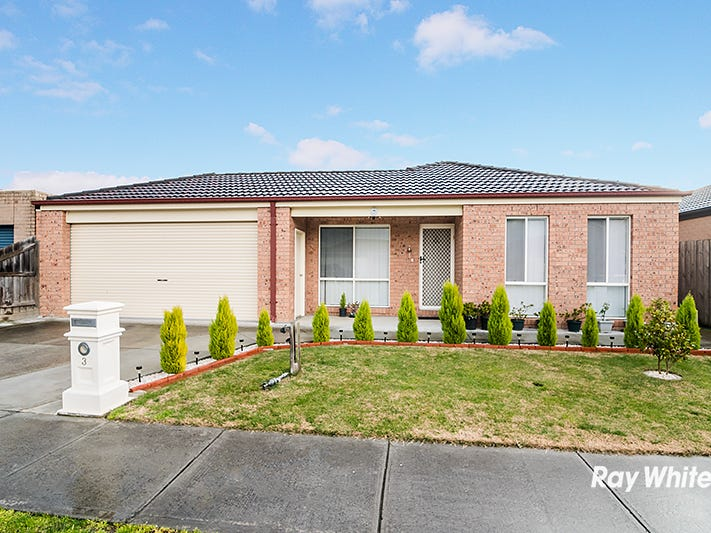 3 Nandaly Place, Cranbourne West