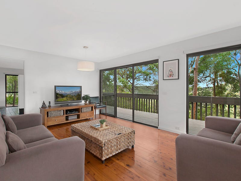 9 The Crest, Hornsby Heights, NSW 2077