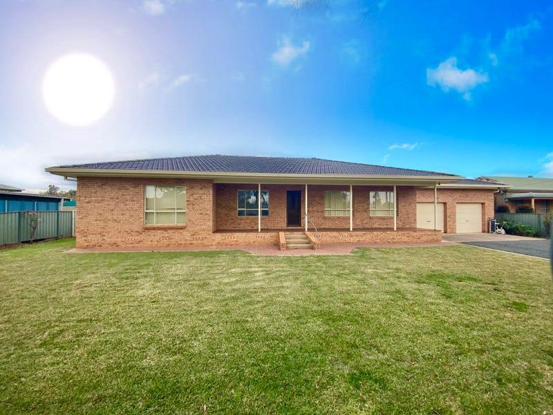 25 Bathurst Street, Forbes, NSW 2871