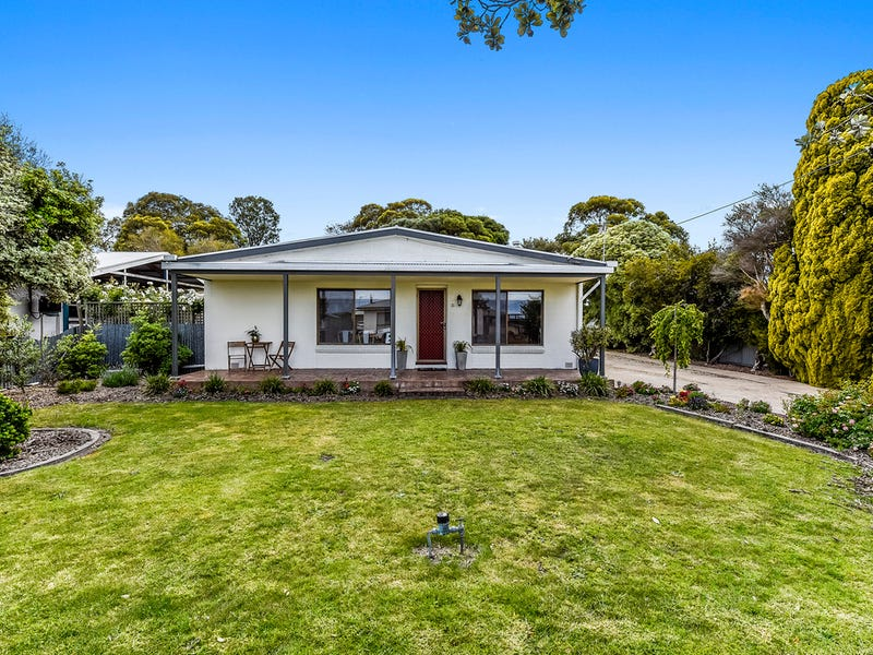 21 Bowering street, Millicent, SA 5280