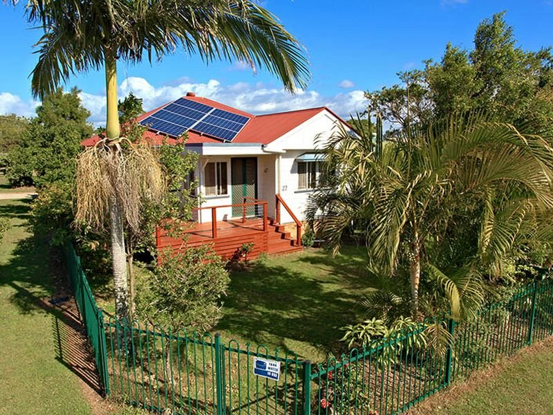27 Pearl Street, Scarborough, Qld 4020