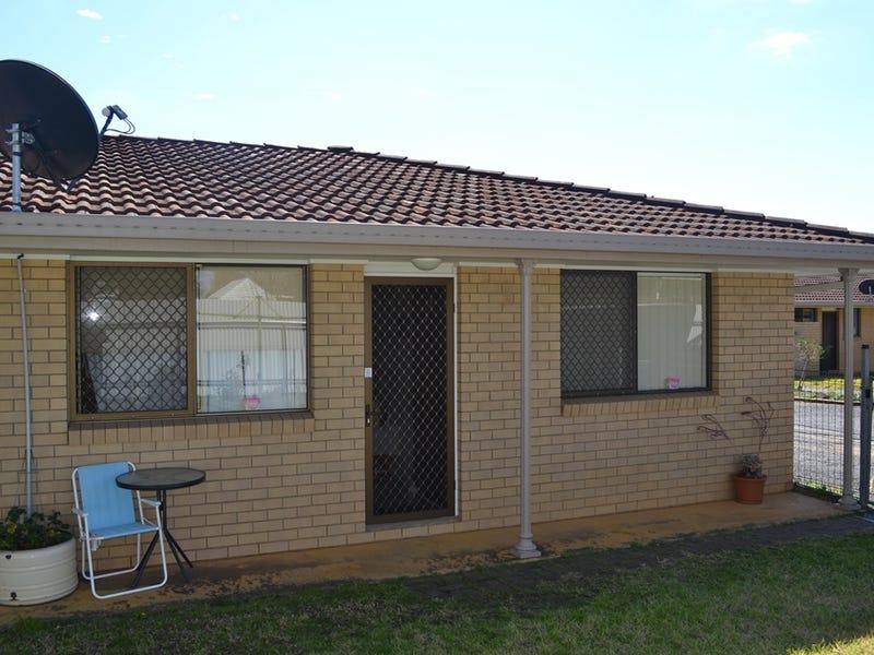 4/37 OSWALD STREET, Inverell, NSW 2360