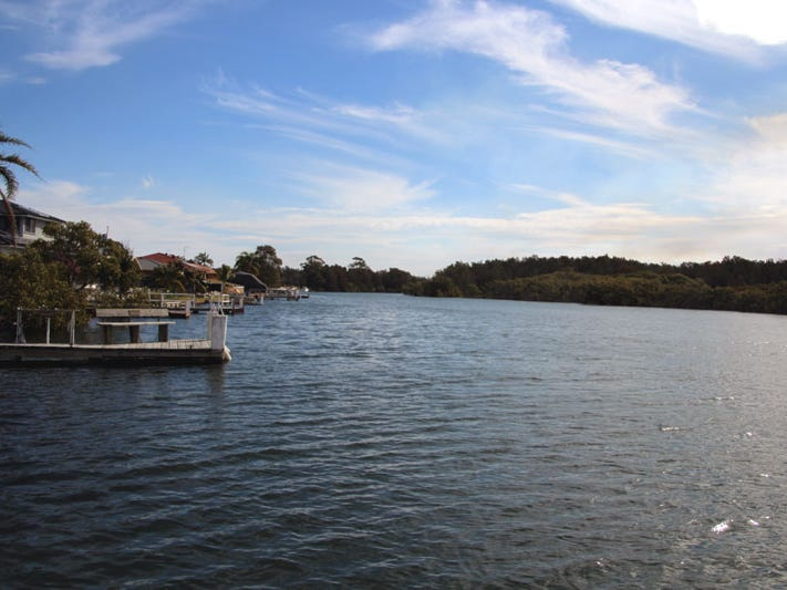 9 Palmway Crescent, Tuncurry, NSW 2428