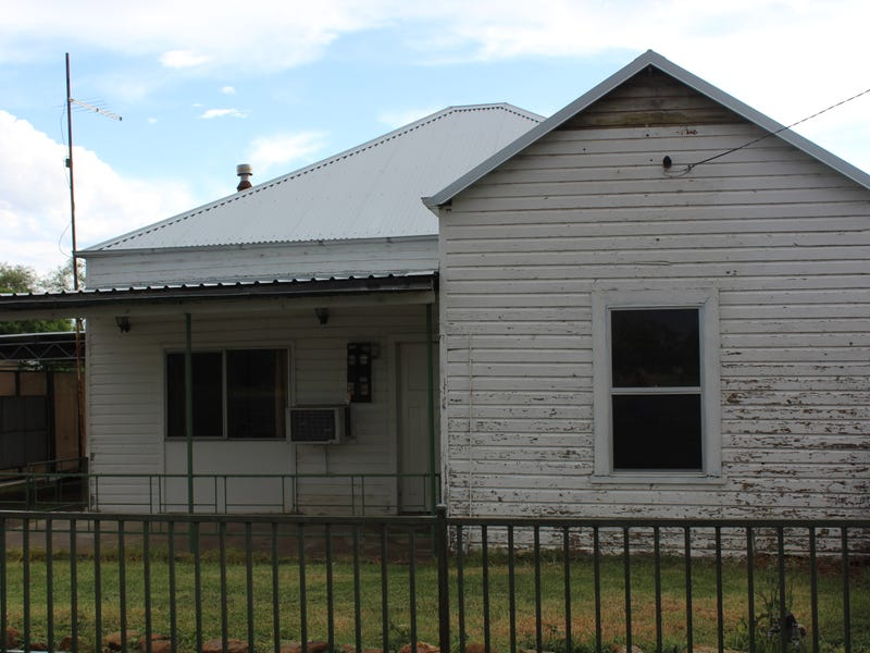 55 Railway Parade, Gravesend, NSW 2401