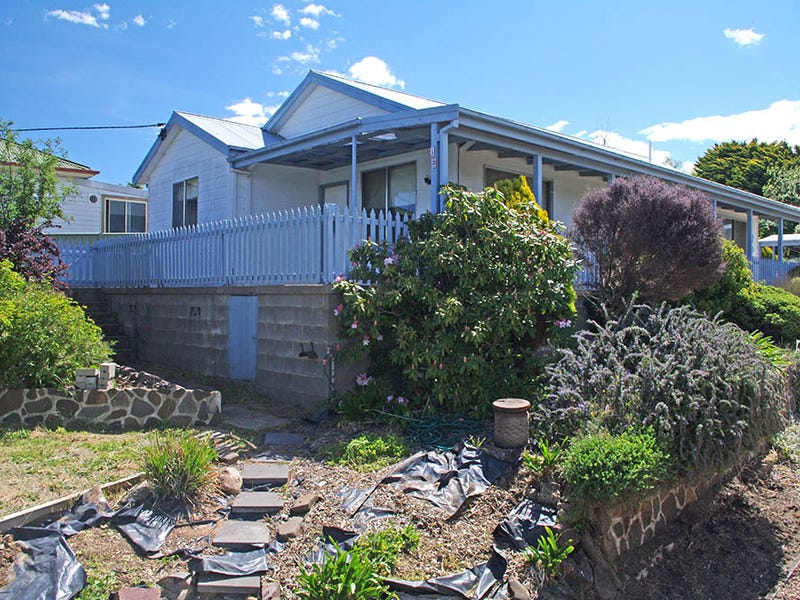 13 Queen Street, Bombala, NSW 2632