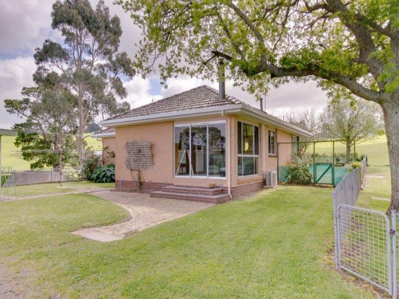 210  One Chain Road, Kardella, Vic 3951