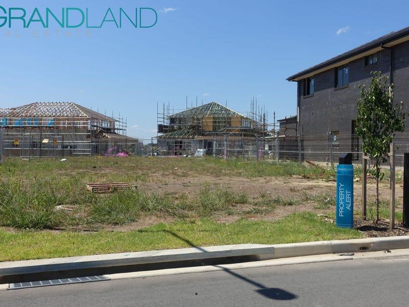 11 Speargrass St, Denham Court, NSW 2565