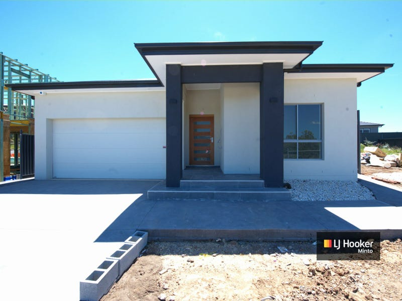 52 Poulton Terrace, Campbelltown, NSW 2560