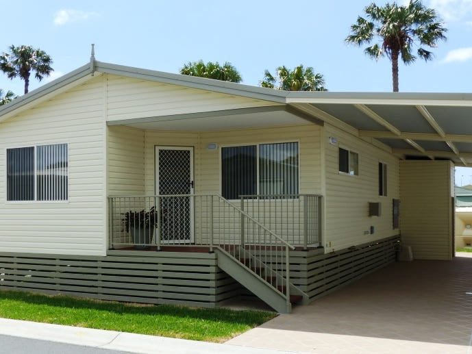 64 133 South Street, Tuncurry, NSW 2428