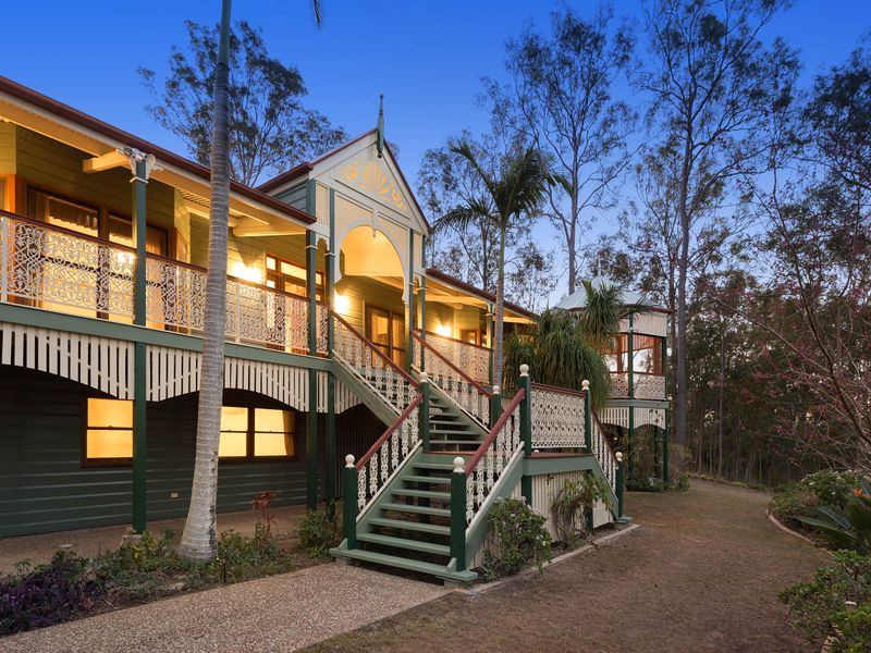 40 Curtis Place, Anstead, Qld 4070