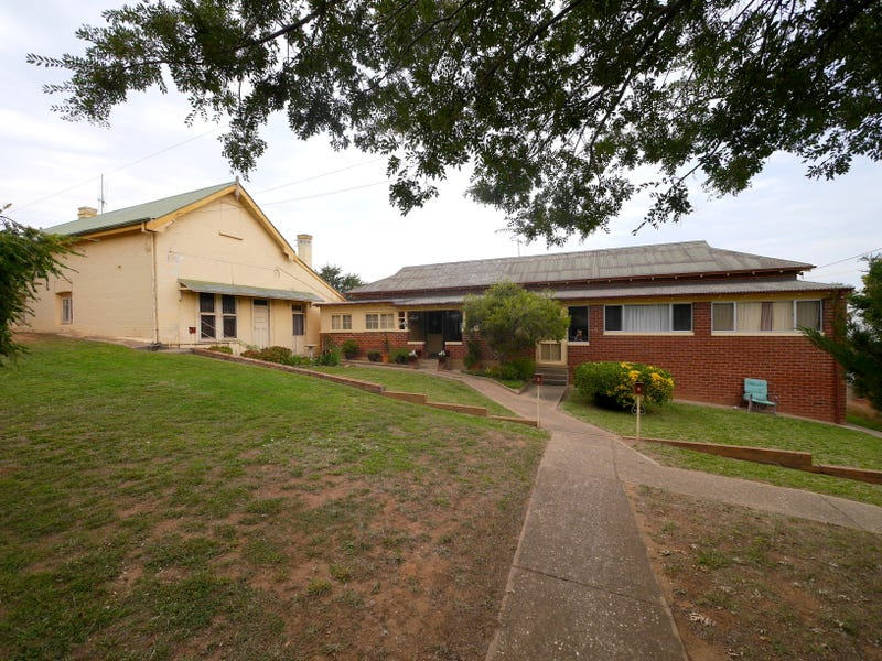 15 College Drive, Cowra, NSW 2794