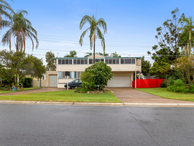 84 Boykambil Esplanade North, Hope Island, Qld 4212