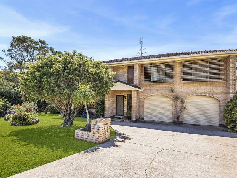 5 Echuca Crescent, Banora Point, NSW 2486