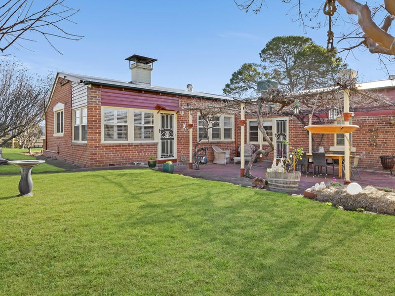 970  Back Kootingal Road, Kootingal, NSW 2352