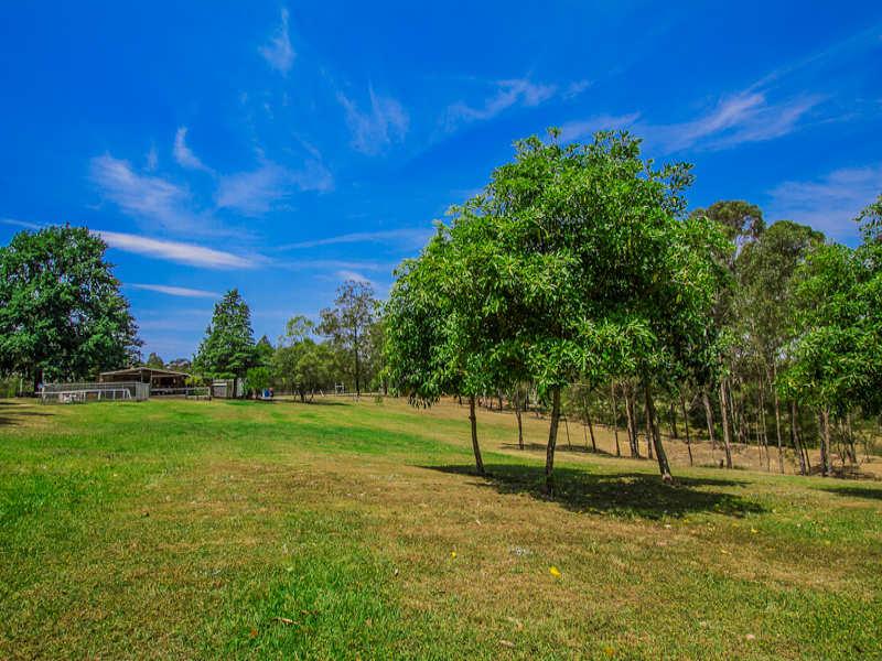 18 Applegum Grove, Kurrajong, NSW 2758